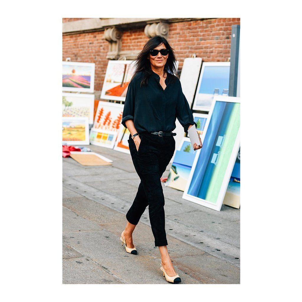 VogueParis Editor-in-Chief Emmanuelle Alt s black on black and CHANEL pumps  are 496380fd1c9d