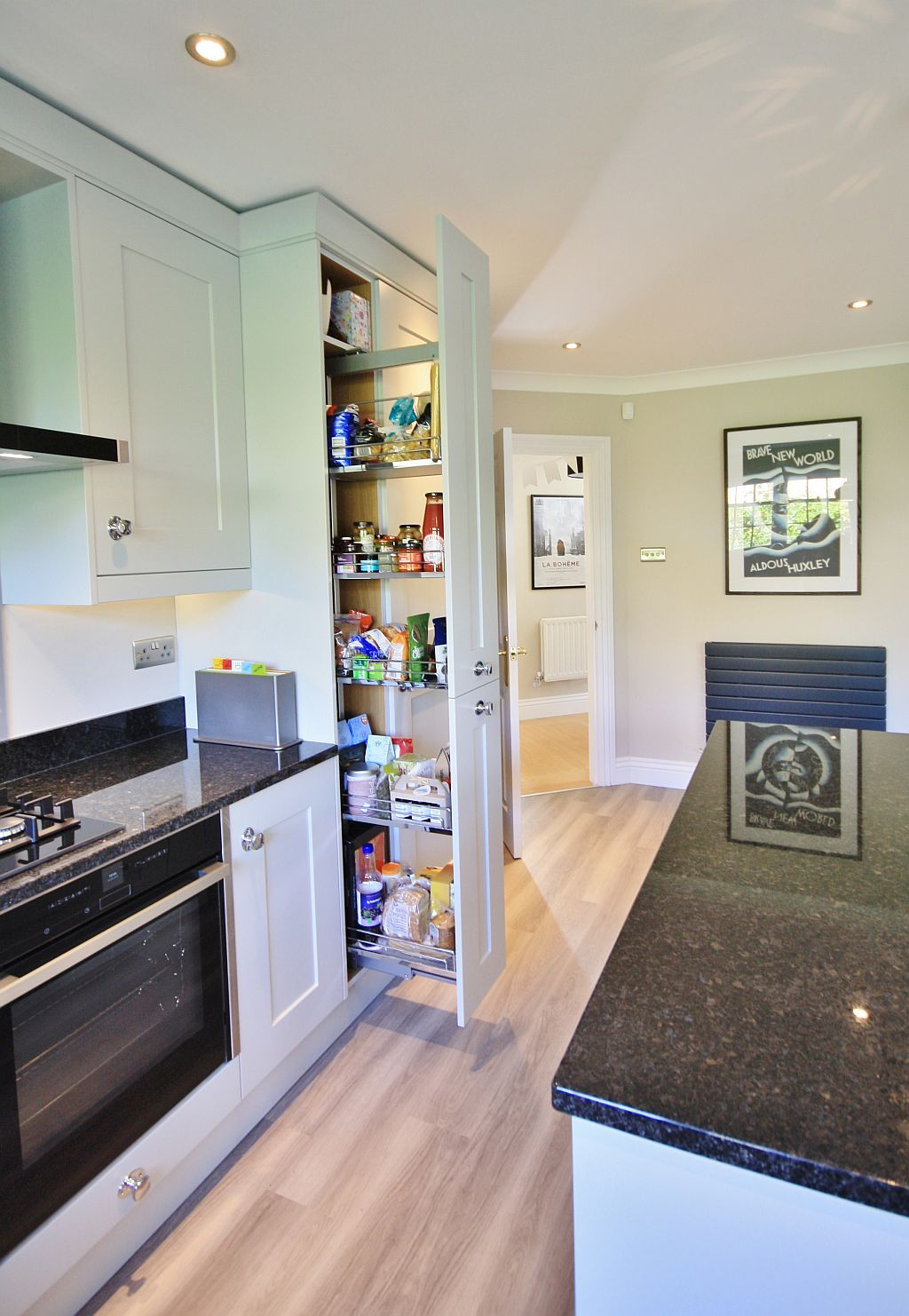 Exceptionnel Grey Kitchen Design With Pull Out Larder Chelmsford, Essex