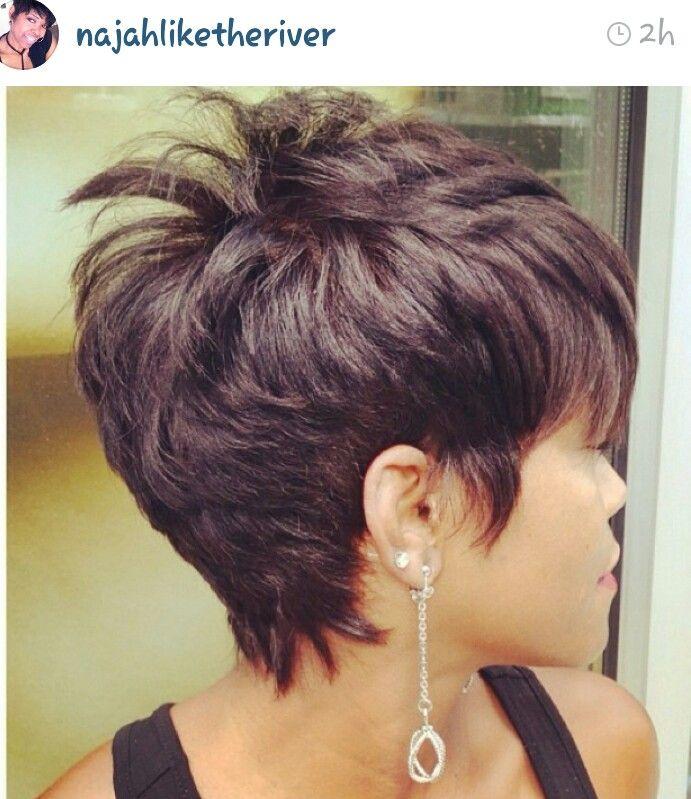 Permanente su capelli di media lunghezza