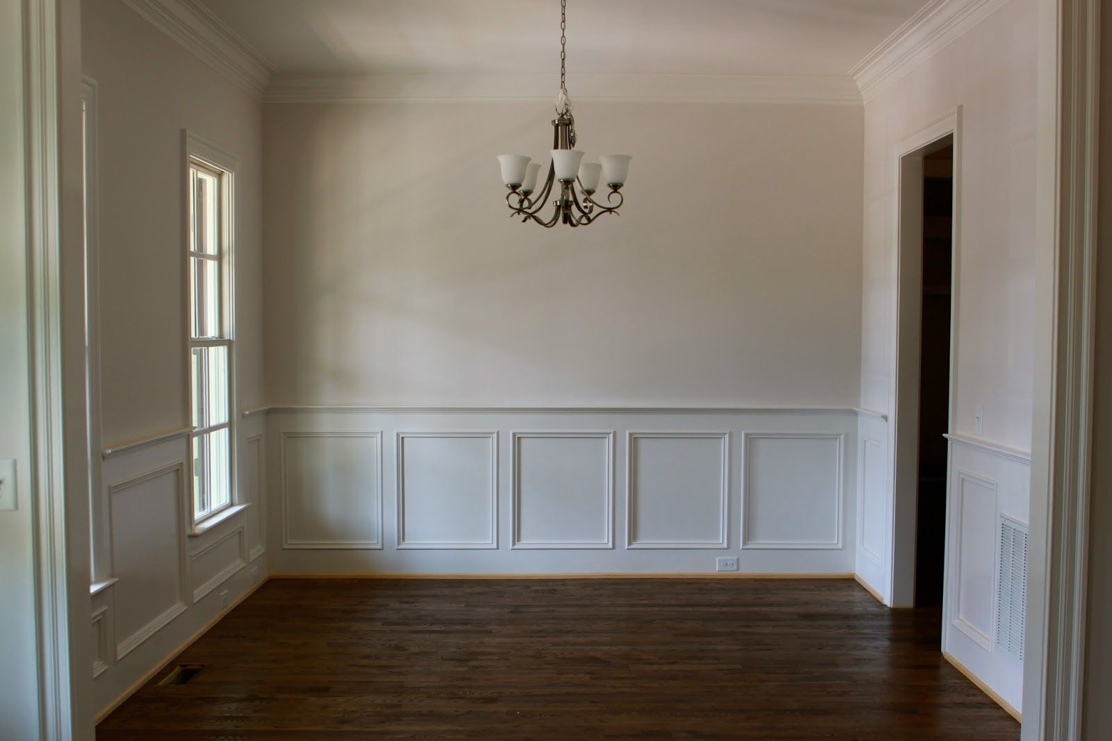 Superb Wainscoting Styles Inspiration Ideas To Make Your Room Look Better |  Wainscoting Ideas, Dining Room Walls And Moldings