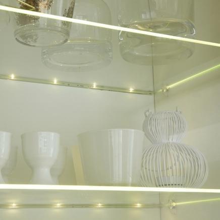 Clip on led shelf light kitchen lighting howdens joinery