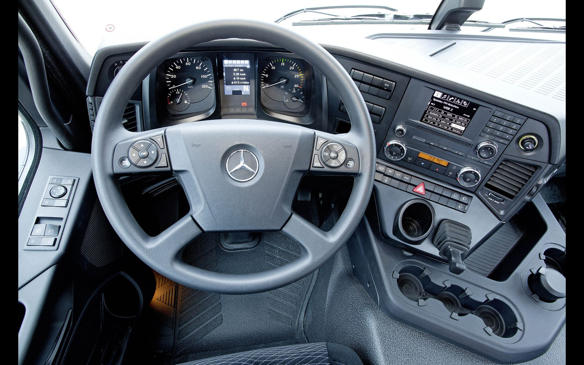 Mercedes Benz Truck Interior With Images Truck Interior