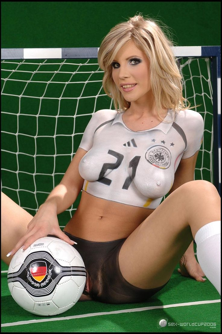 Body Paint Football World Cup