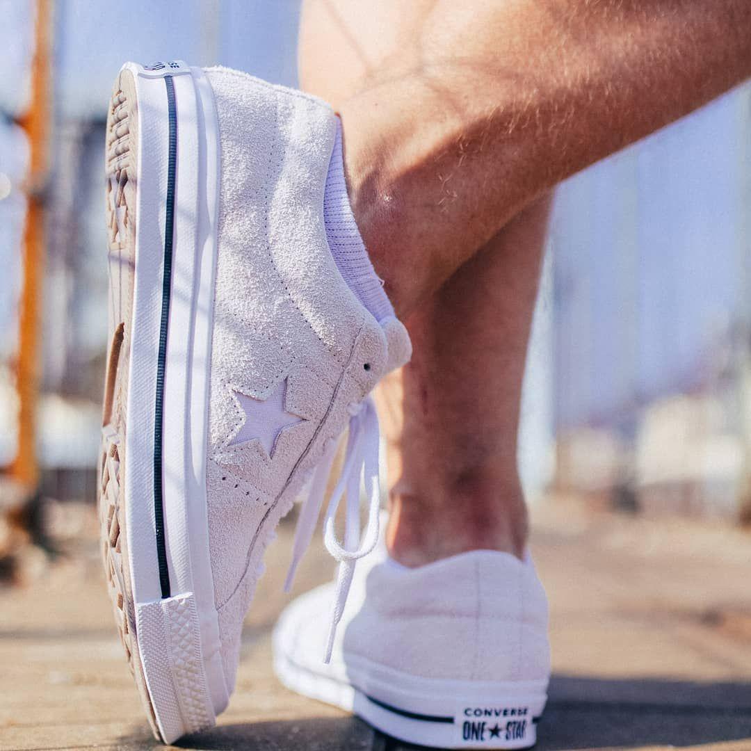 Na Jesien Tez Jeszcze Tylko Dzis Converse One Star Suede 30 Taniej Z Kodem Styl Vans Classic Slip On Vans Classic Slip On Sneaker Vans Classic