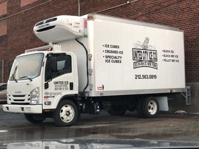 I Love That You Can Get A Truck Like This That Is Also Refrigerated It Is Cool To See That You Can Have A Mobil Traveling By Yourself Types Of Ice