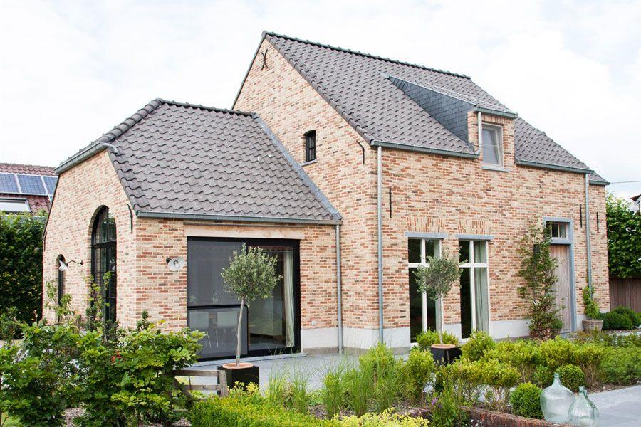 Pin van willy van op belgische bouwstijl pinterest for Huizen stijlen