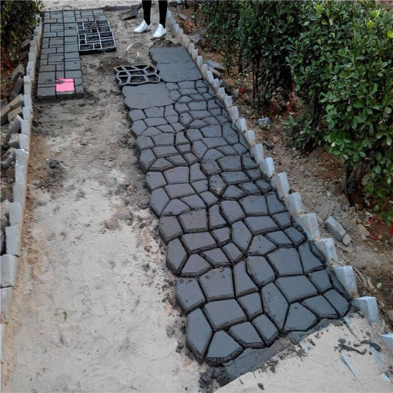 Do It Yourself Garden Path Ideas (With Images