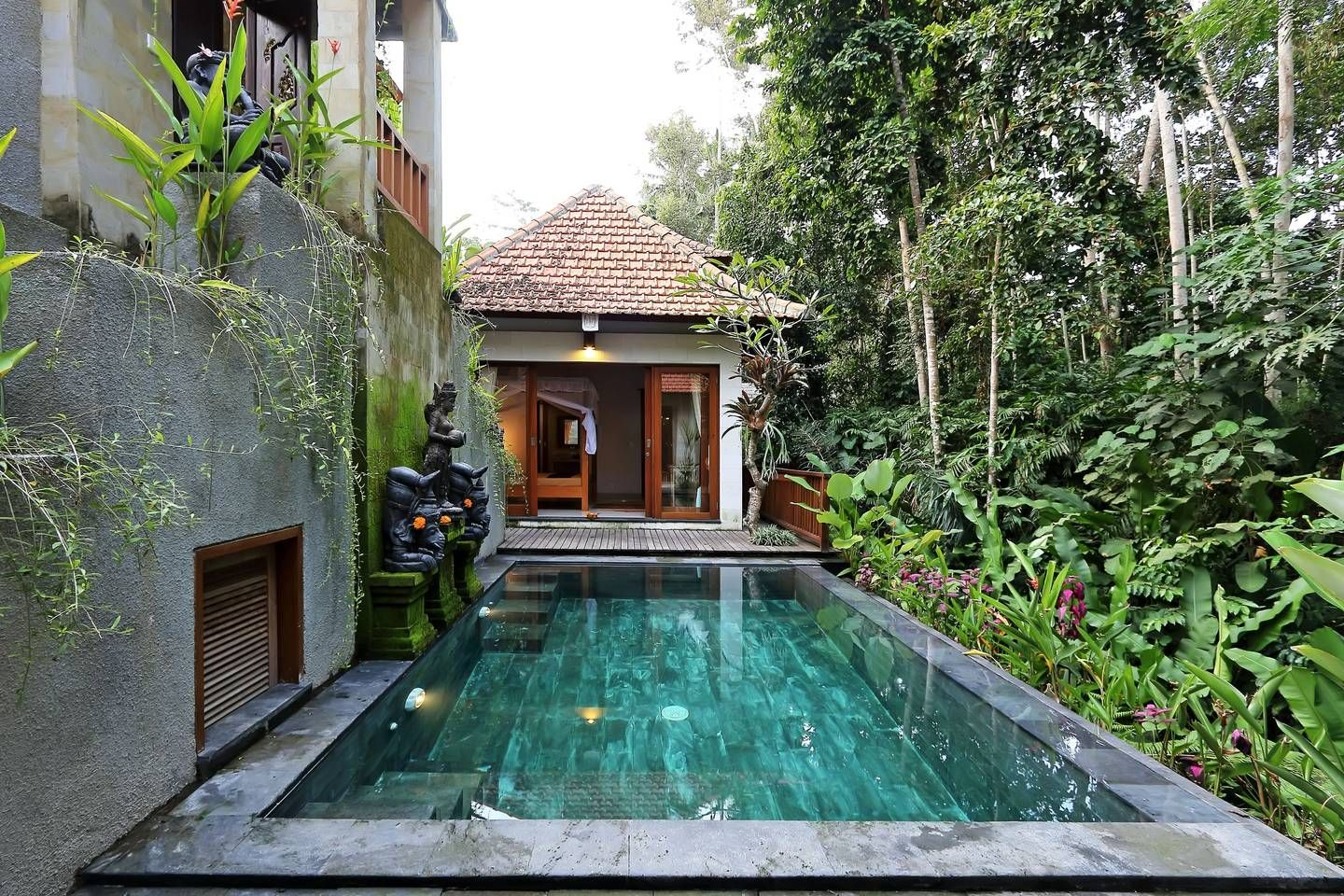 Amazing 1br Villa Pool Jungle View Villas For Rent In Ubud Bali Indonesia Backyard Pool Bali Luxury Villas Small Pools