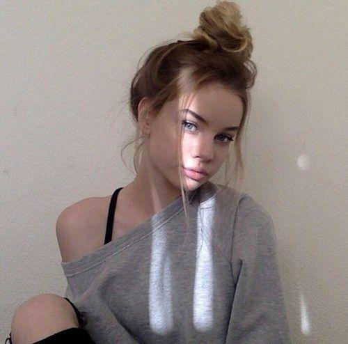 Cute Aesthetic Tumblr Instagram Girls Pictures Selfie Ideas