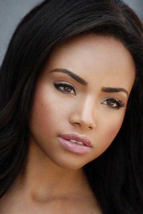 21 Stunning Wedding Makeup Ideas For Dark Skin Tones | Wedding Hair ...