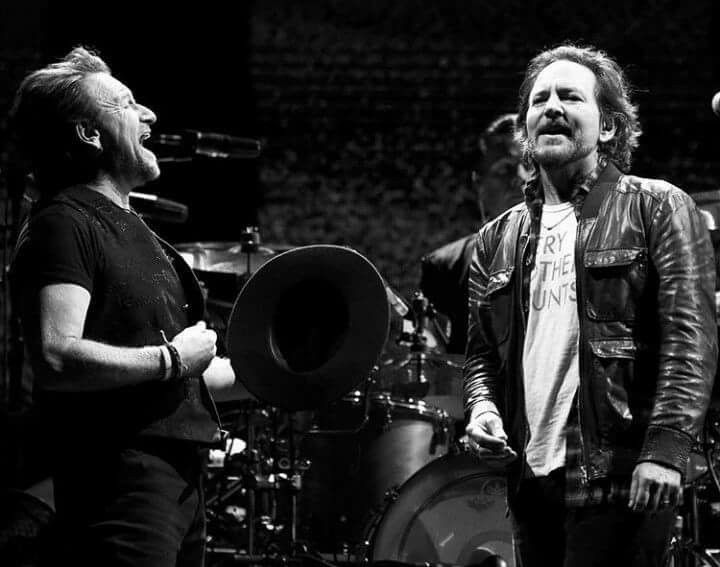 Bono Vedder 💙 Seattle may 14 😊