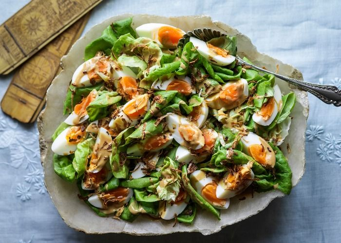 A simple and light dish for warm days. | Lettuce salad ...