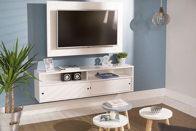 Para deixar sua sala de estar moderna ainda mais confortável, decorações e plantas são essenciais.
