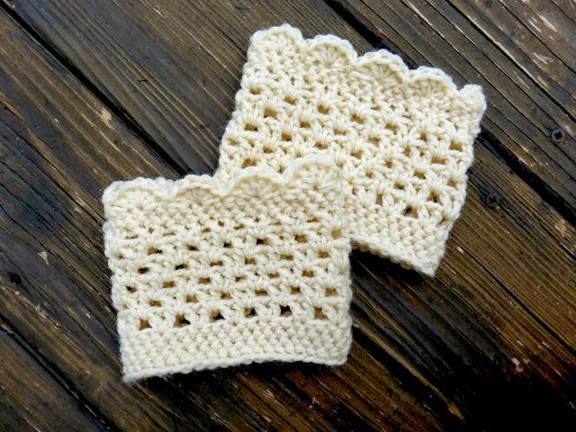 free lacy scalloped crochet boot cuff pattern | Hooked on Crochet ...