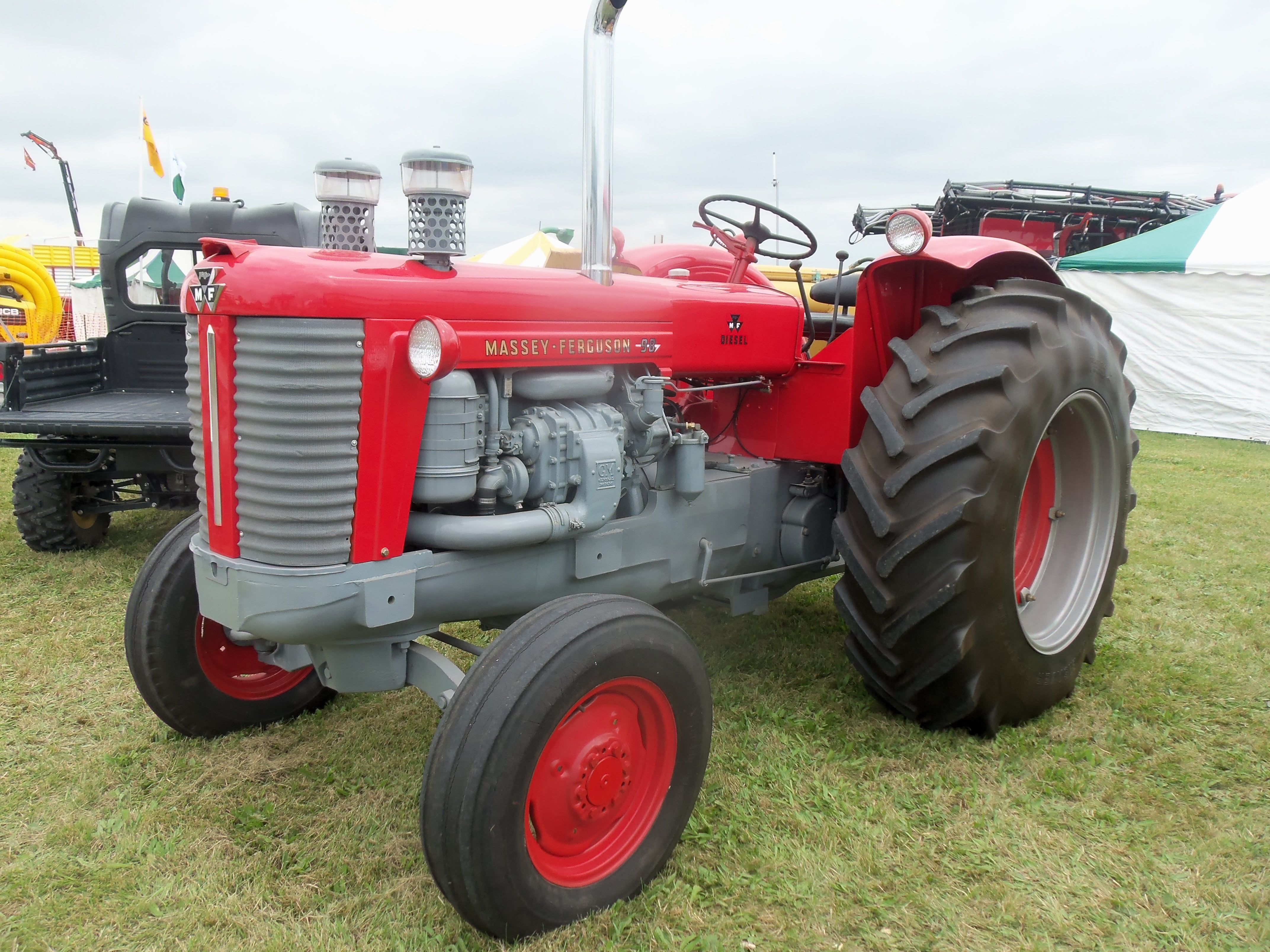 Massey Ferguson Detroit Diesel powered 98 tractor