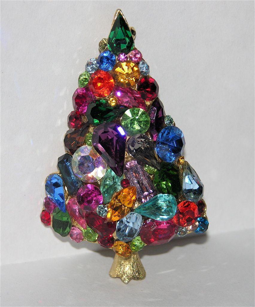 6520 Sparkling Blue Rhinestone Christmas Tree Pin