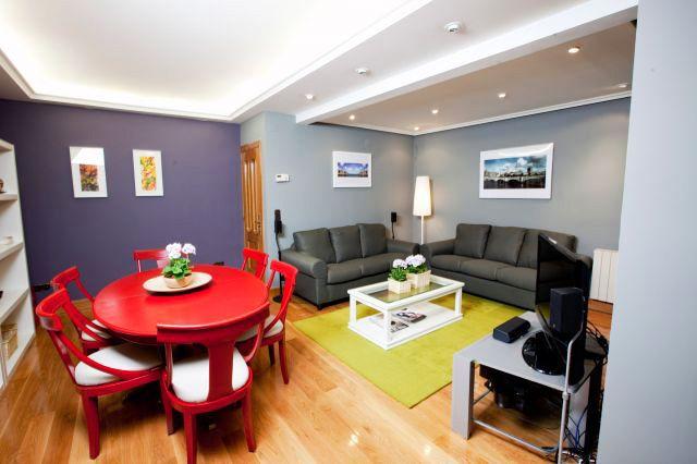 Colores Para Pintar Living Pequenos Buscar Con Google Decoracion Sala Comedor Pequeno Pintar Comedor Sala Comedor Pequeno