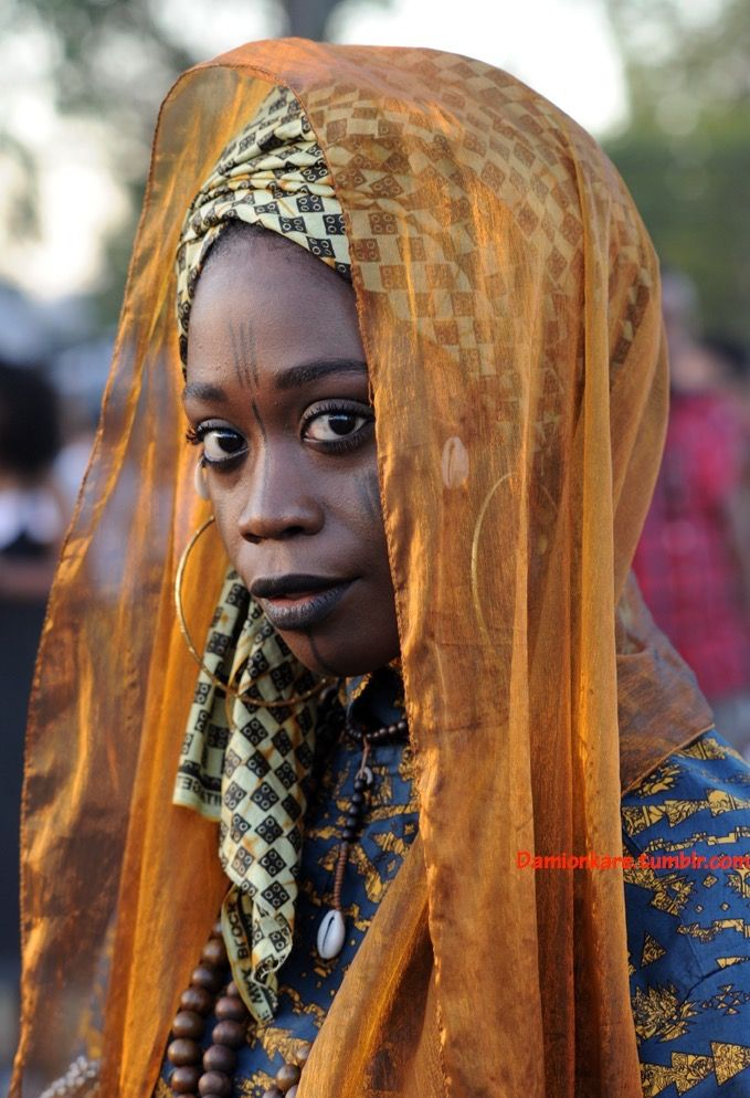 Beauty of the Black Woman : Photo