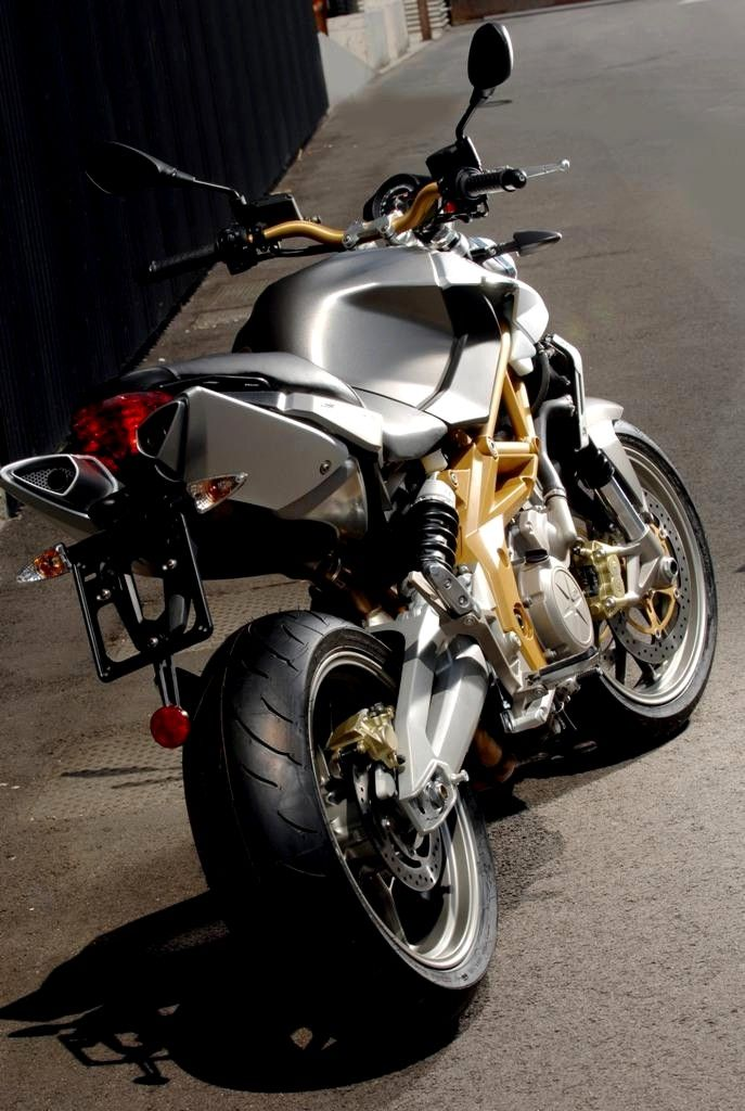 aprilia shiver 750 car 39 s bikes pinterest mv agusta cars and wheels. Black Bedroom Furniture Sets. Home Design Ideas
