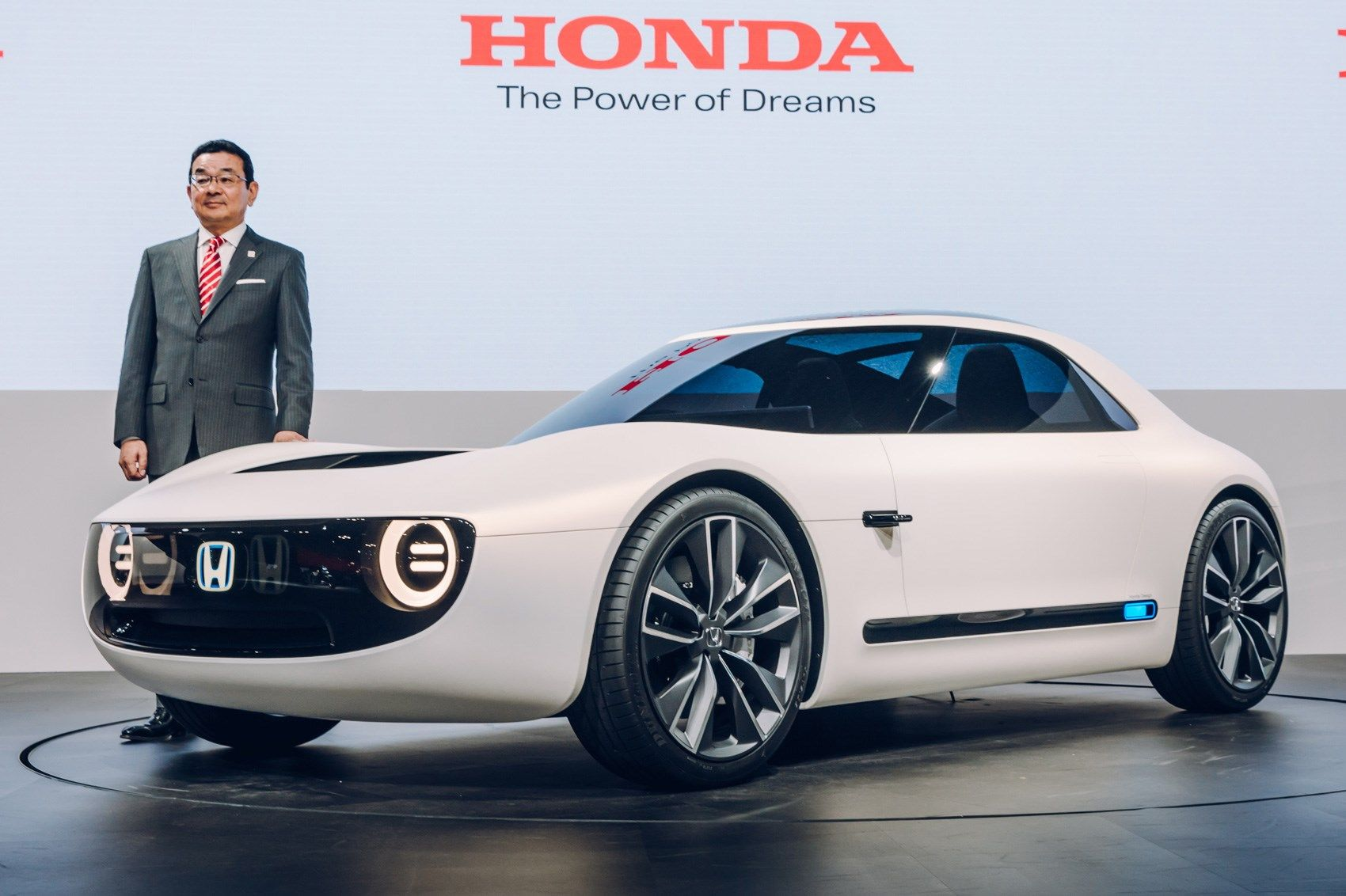 Pin By Derek Chiang On Space In 2020 Honda Electric Car Electric Cars Honda