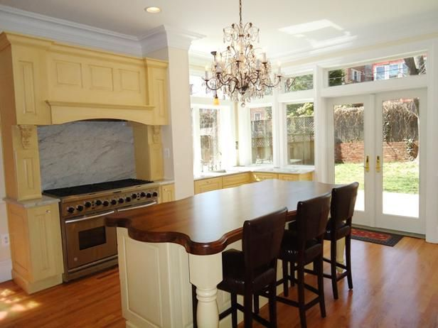 Kitchen Cabinet Color Options: Ideas From Top Designers ...