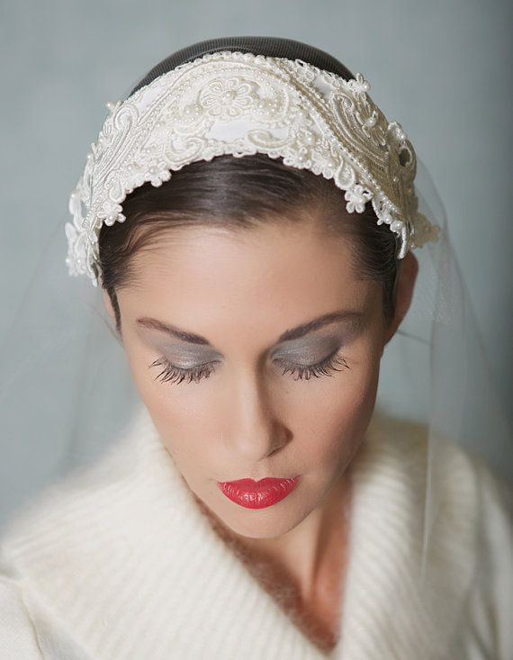 vintage lace bridal cap ivory wedding headpiece bridal cap veil with chantilly lace style 018