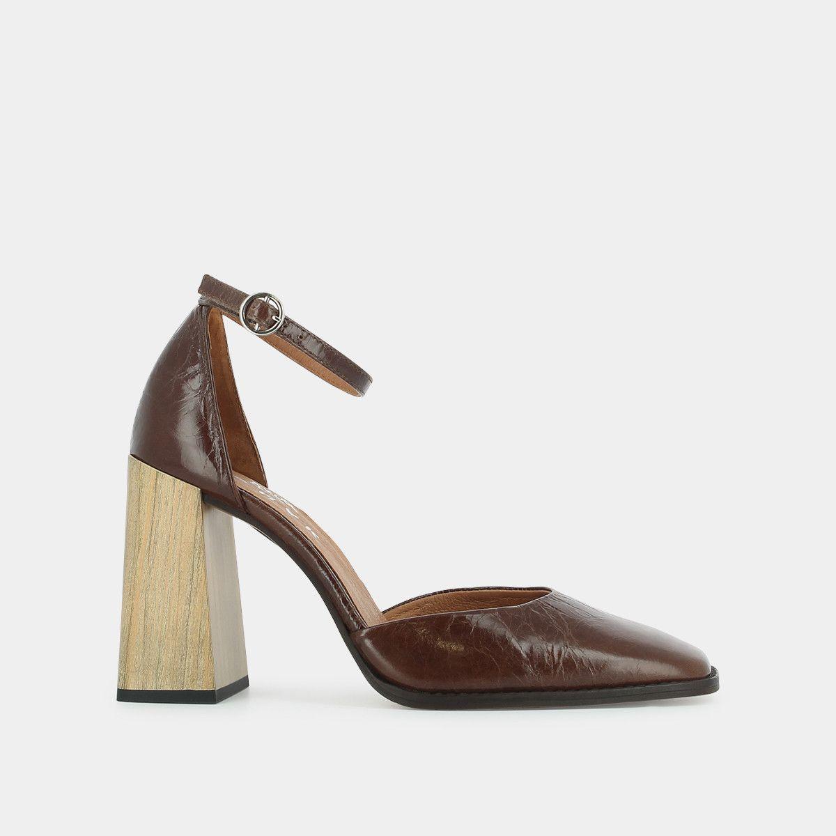 Sandales à bout carré et talon en bois , en cuir vieilli marron JONAK