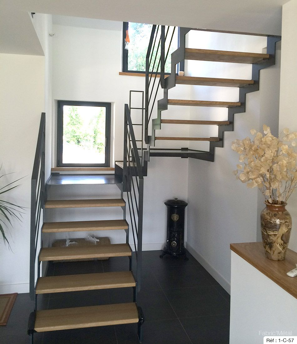 fabricant escalier deux quarts tournant en bretagne vannes rennes villa attic stairs. Black Bedroom Furniture Sets. Home Design Ideas