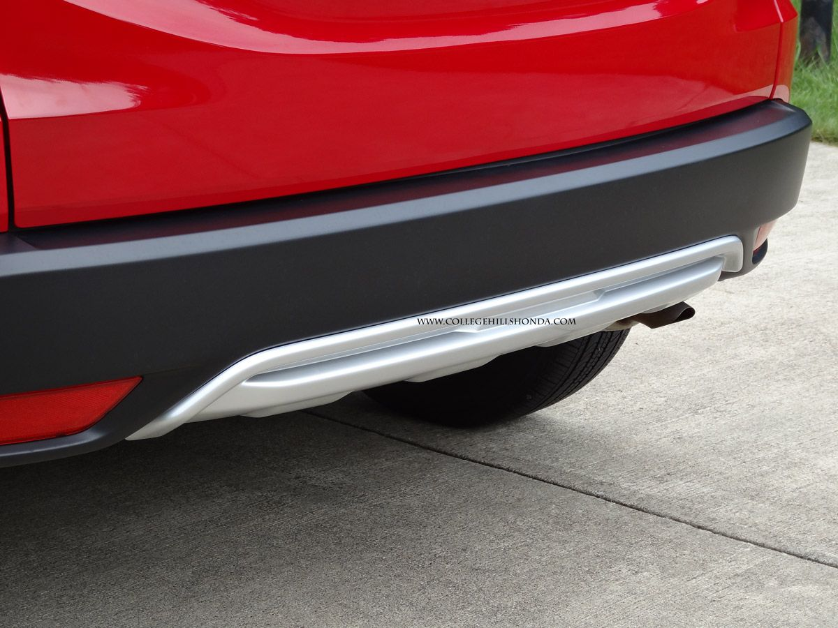 Adds A Rugged Sporty Look To The Rear Of The Hr V To Complete The Look Add The Front Lower Garnish Sporty Look Hrv Sporty