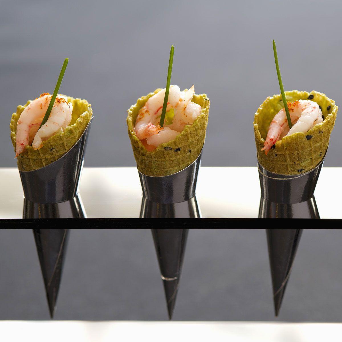 Conos de marisco receta cono mariscos y entrantes - Aperitivos de mariscos ...