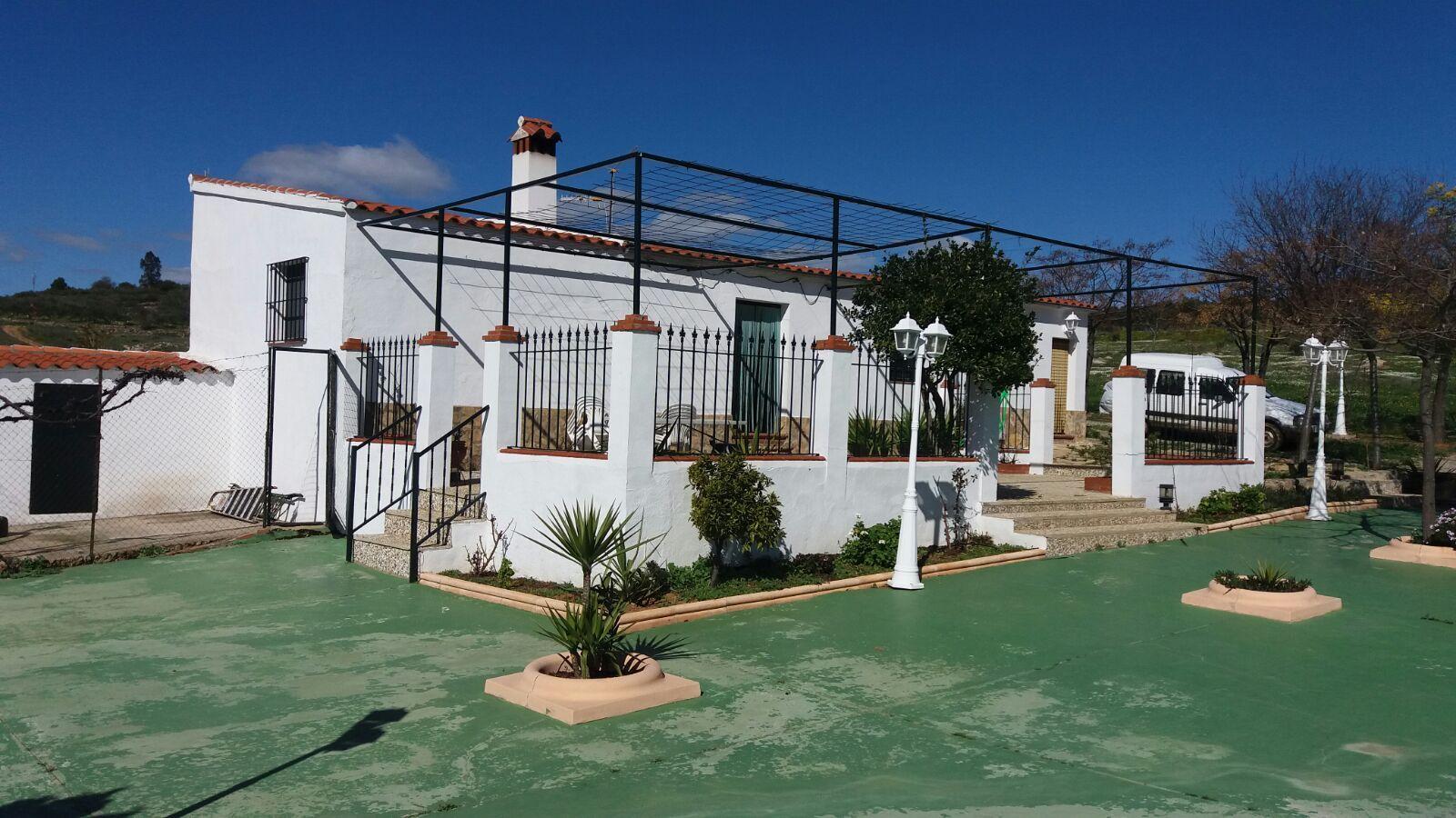 Alquiler de casa rural guadalcanal sierra norte de for Alquiler de casas en cantillana sevilla