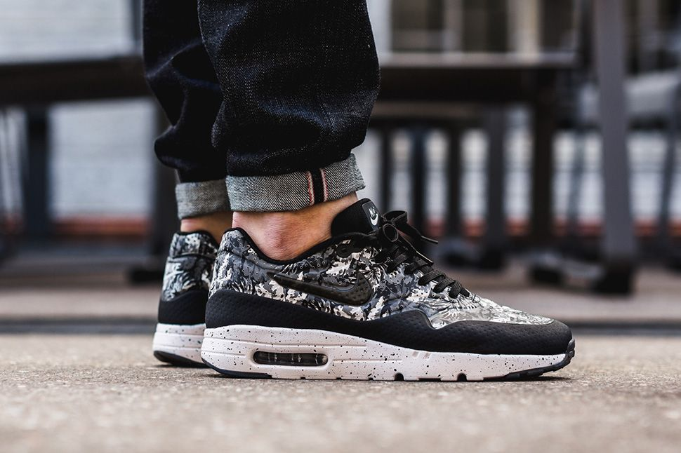 "low priced 04642 22e94 Nike Air Max 1 Ultra Moire ""Monochrome Floral"" (Black, Grey   White)"