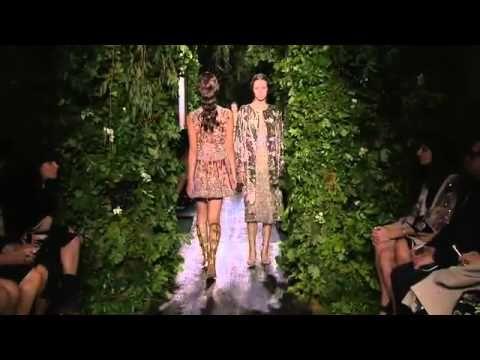 Valentino   Haute Couture Fall Winter 2014/2015 Full Show   Exclusive