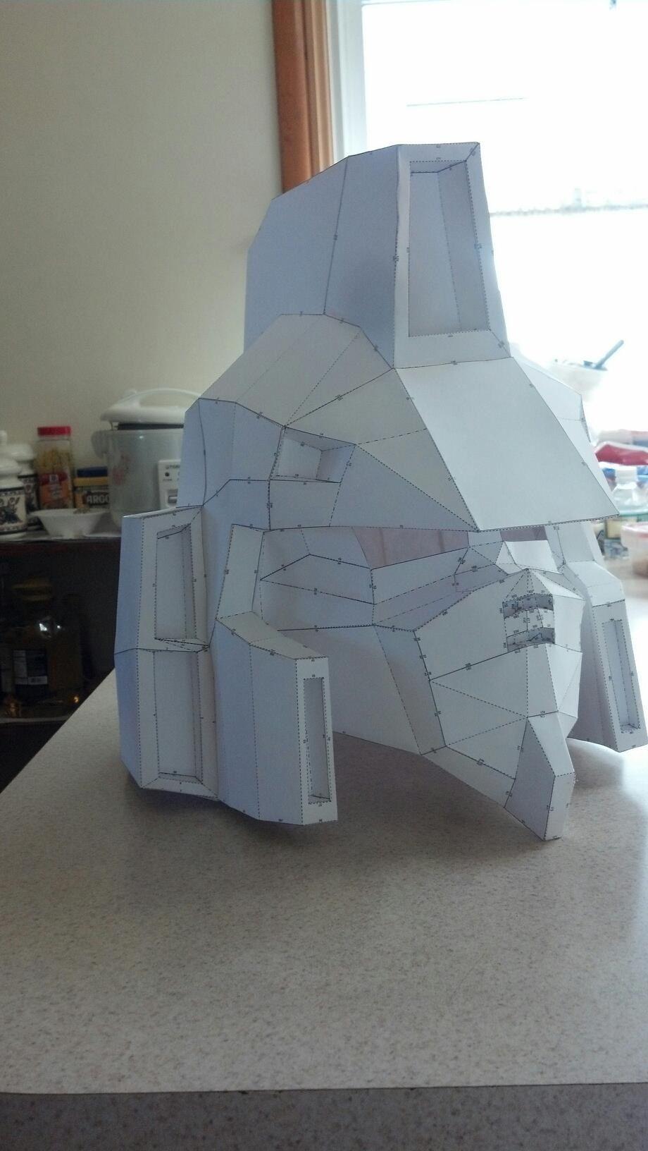 Gundam pepakura head Resources, Tools, and Materials for