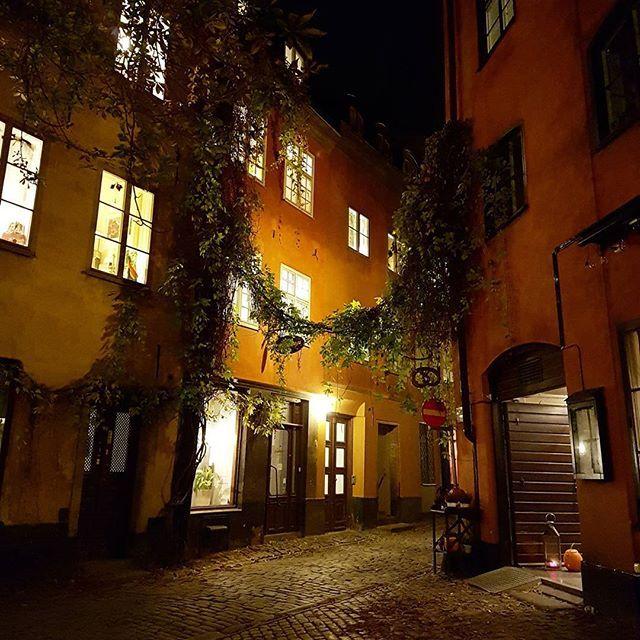 Stockholm Old Town  #stockholm #visitsweden #visitstockholm #sweden #oldtown #oldcity #gamlastan #architecture
