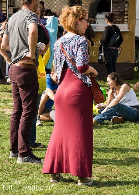 Women showing ass