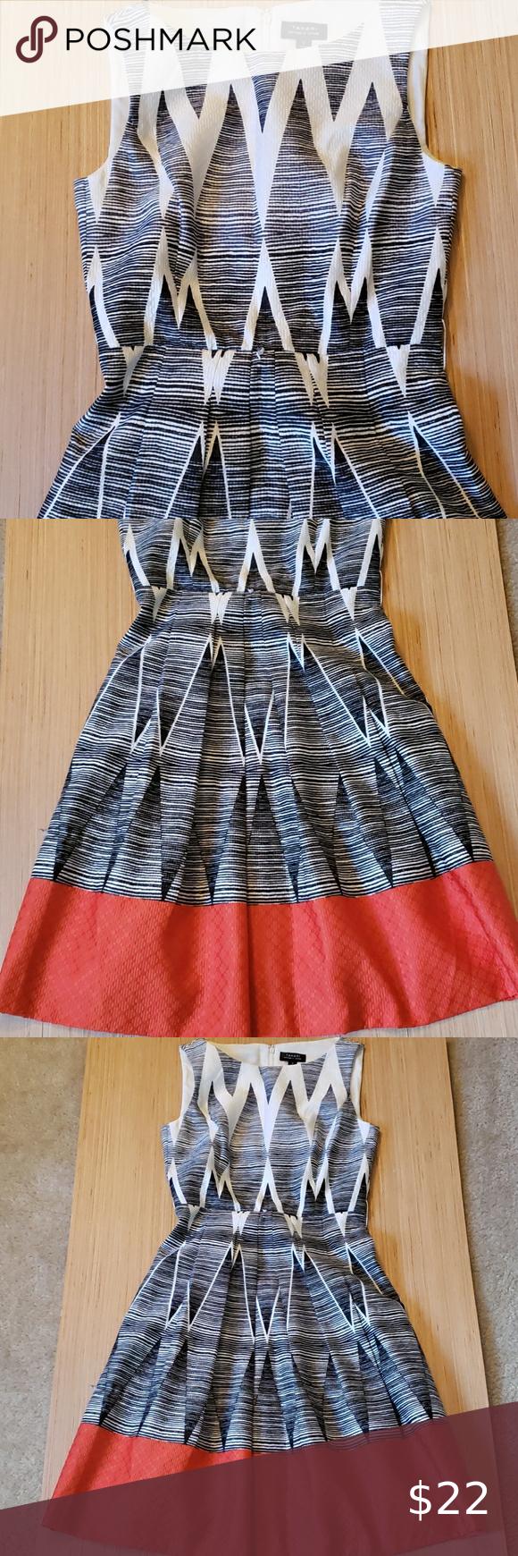 Euc Tahari Black White And Red Dress Sz 2 Cap Sleeve Shift Dress Embroidered Shift Dress Blue Mini Dress [ 1740 x 580 Pixel ]