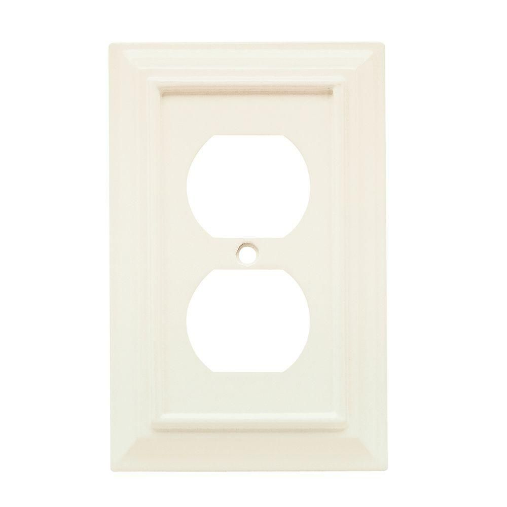 Hampton Bay White 1 Gang Duplex Outlet Wall Plate 1 Pack W10766 Wh Uh The Home Depot Plates On Wall Switch Plate Covers Hampton Bay