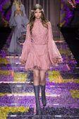 Atelier Versace Outono/ Inverno 2015, Haute Couture - Desfiles (#22158)