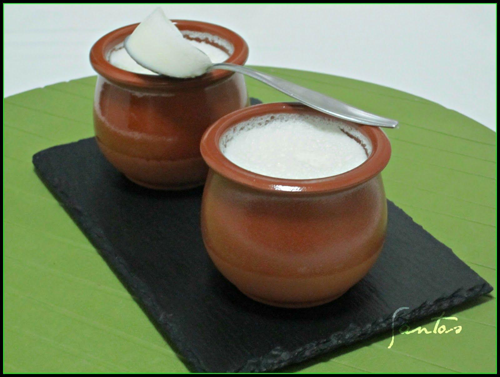Ingredientes: 1000 g de leche fresca pasteurizada 200 g de leche en polvo (o cloruro cálcico alimentario) 200 g de azúcar ...