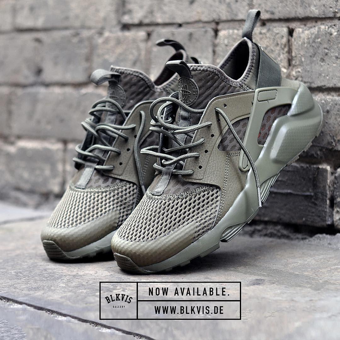 x nike air huarache army green