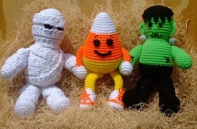 Fuente: http://www.etsy.com/es/listing/81362346/crochet-pattern-halloween-toys-digital?ref=related-0