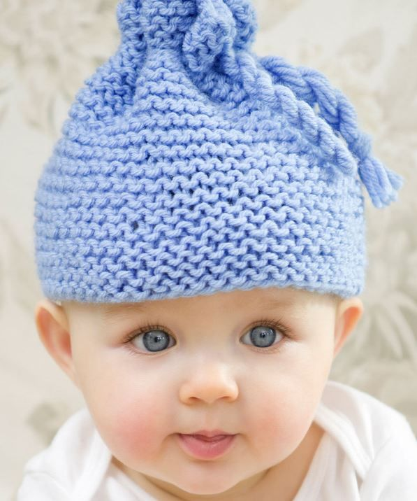 4271e41d5b8 Free Knitting Pattern for Garter Stitch Baby Hat - Kathleen Sams designed  this easy baby hat that s perfect for beginners.