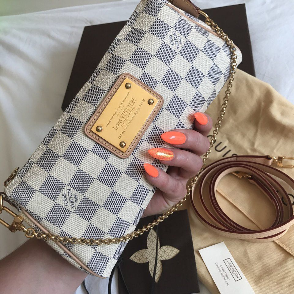 More eva damier azur Louis Vuitton clutch pictures  louisvuitton ... 4a99826e7e5aa