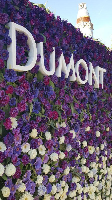 Photocall personalizado eventos flor natural pintada en el Hospital Sant Pau Barcelona