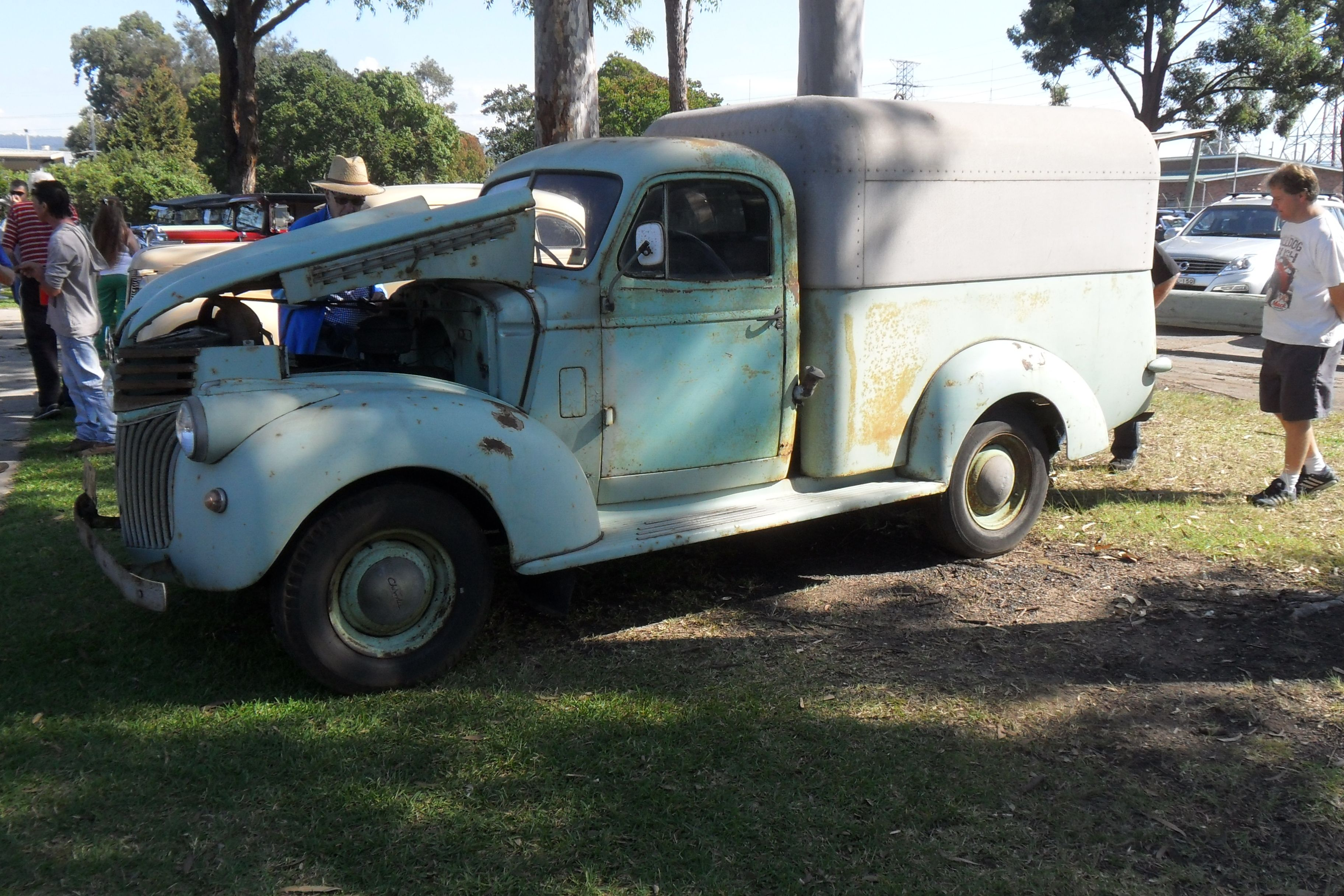 1941 Chevrolet Holdens Body 1 2ton Truck Fitted With An Australian Pickup Box Canopy Chevy Trucks Chevy Holden