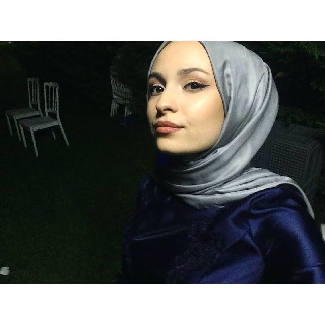 Week End Hijab Fashion Cute - Pemuja Wanita | Fake girls ...