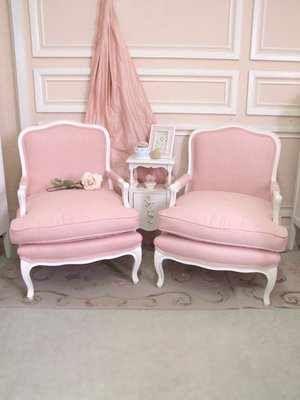 Soft Pink Reupholster Chair Ideas | sofa | Pinterest