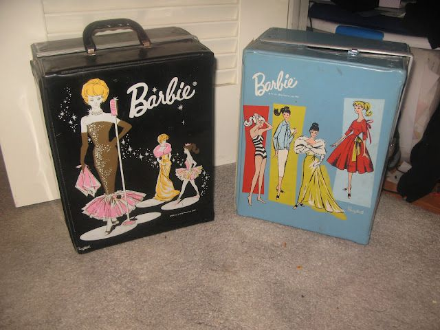 The (Mommy)Kerrie Show: Tackle-it Tuesday: My Closet and my mom's vintage Barbie cases!