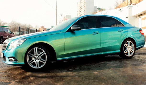 Mercedes with blue-green chameleon paint Automobiles